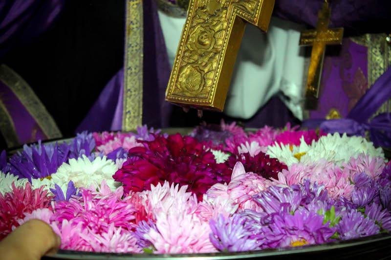 Воздвижение Честнаго и Животворящего Креста Господня