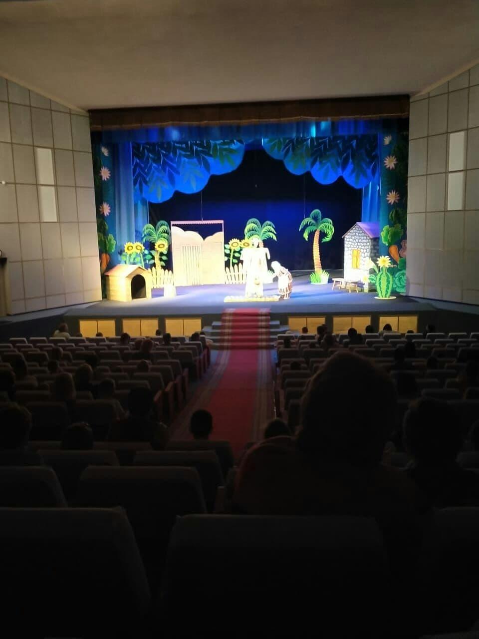 Театр начинается с детства
