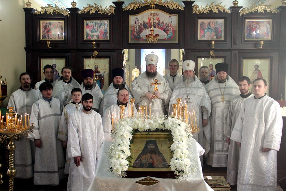 Первая Божественная Литургия в честь священномученика Мефодия, епископа Петропавловского